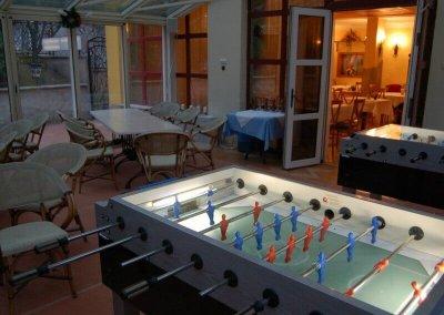 Csocsó asztalok céges bulira - Mediterrán Hotel - Budapest