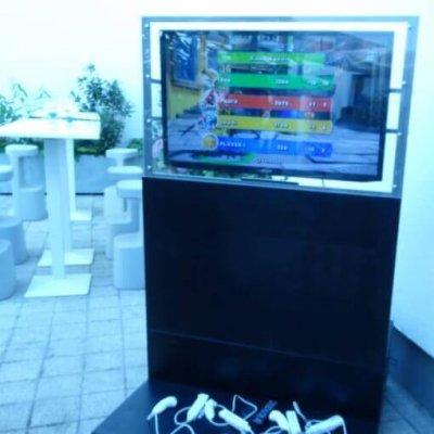 Nintendo wii + monitor állvánnyal
