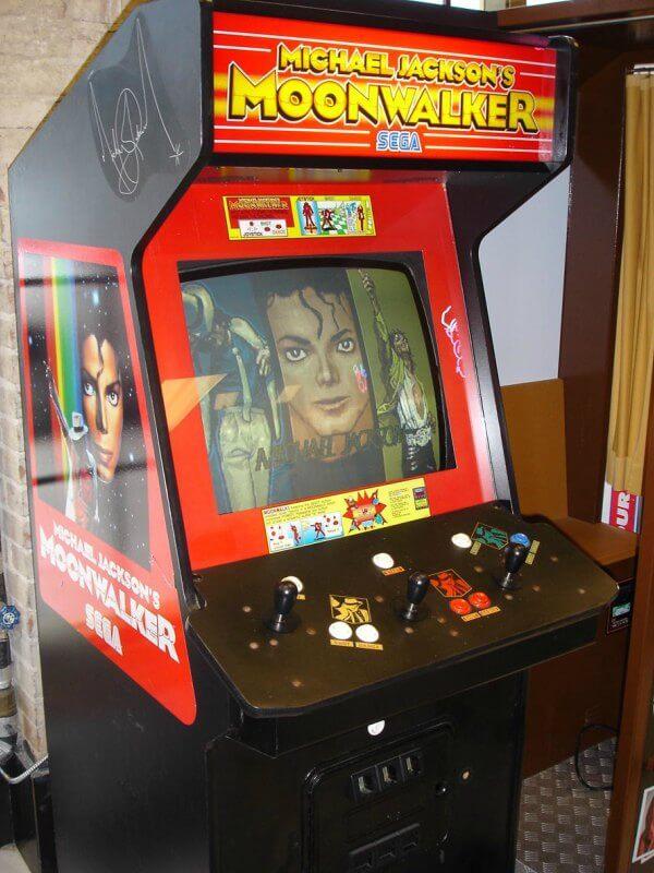 Eredeti Michael Jackson's – Moonwalker videójáték kabinet